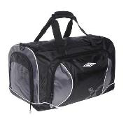 Umbro - Black Holdall